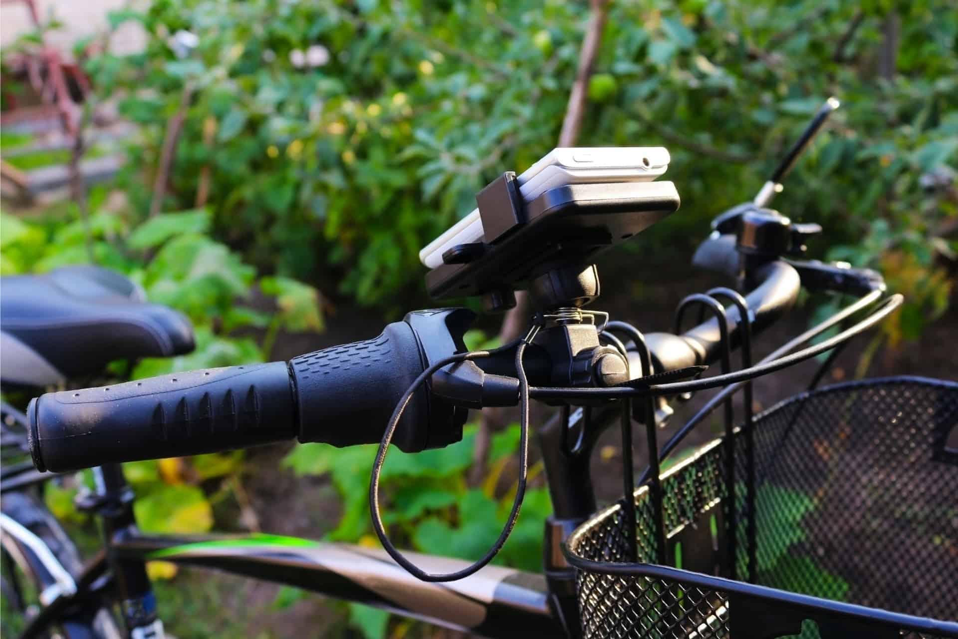 bike phone holder on a commuter bike. Hardcase